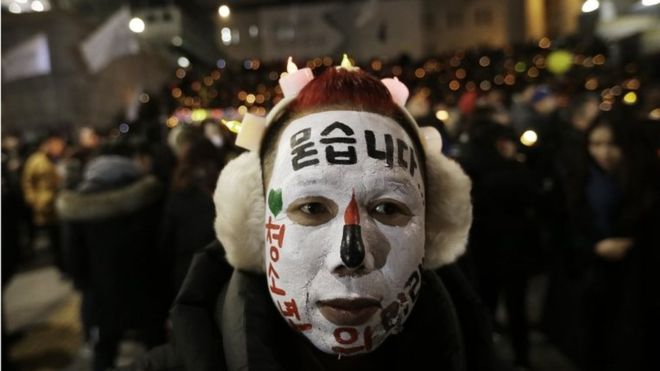 S Koreans protest against President Park on New Year's Eve
